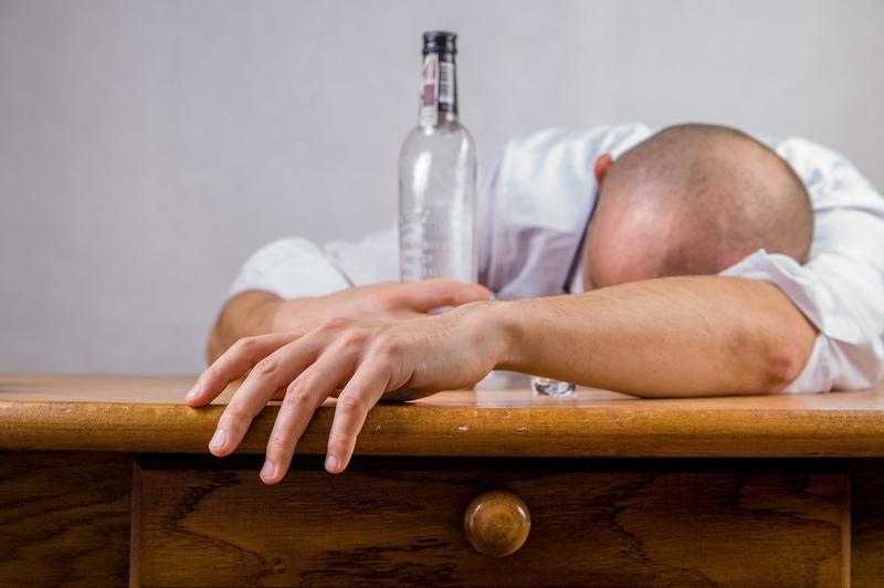 Alcohol en hoe voorkom ik eenkater?